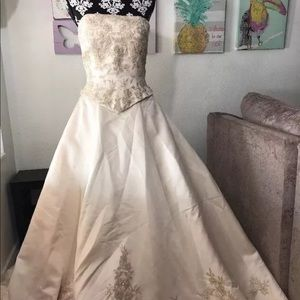 Sincerity Bridal size 12 princess royal Wedding